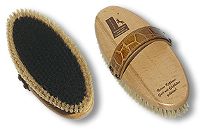 horse grooming brush with croco-belt
