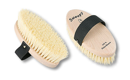 sweepy coarse grooming brush for horses small size